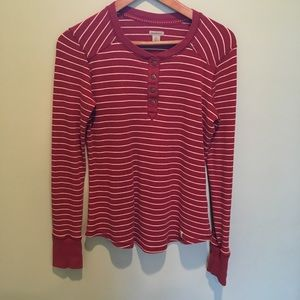 Women's Size small long sleeve Carhartt thermal